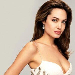 Грудь Анджелины Джоли после операции