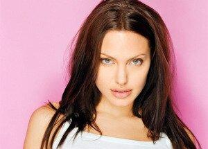 Анджелина Джоли после ринопластики